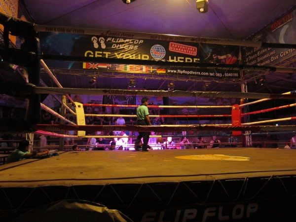 Muay Thai na ostrově Koh Lanta v Thajsku