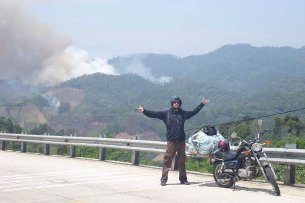 Tomáš Procházka v Asii, cestovatel, impleo